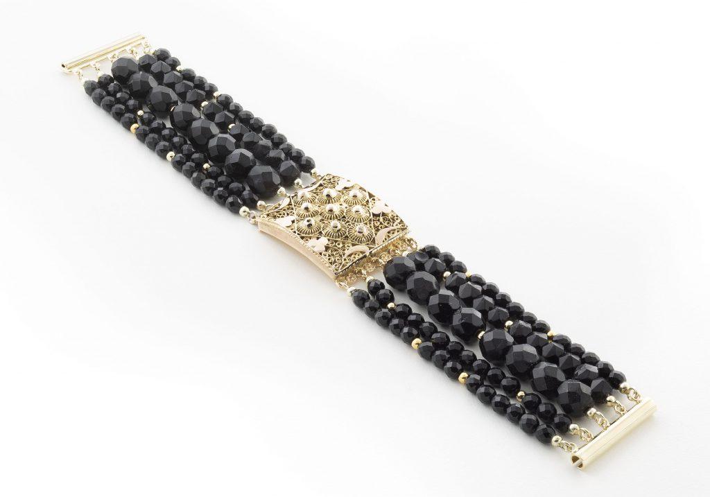 Zilver bracelet koraal en carneool